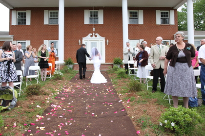 Colonial Estate Weddings - Coordinators/Planners, Ceremony & Reception, Ceremony & Reception, Coordinators/Planners - 860 Bert Garner Lane, Maryville, TN, 37803, USA