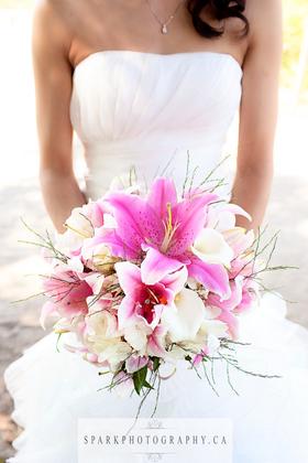 - Flowers and Decor - Nichè Event Stylists