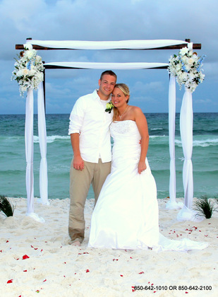 Dream Love Package in the black bamboo your choice of colors of flower. - Ceremonies - Destin Beach Brides