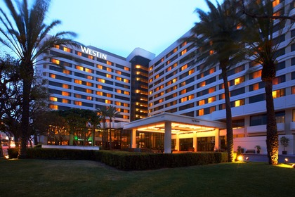 -  - The Westin Los Angeles Airport