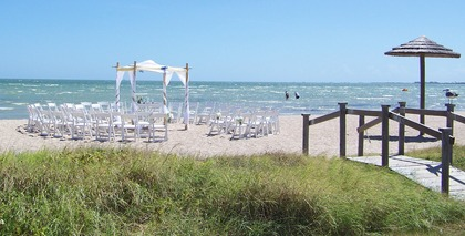 Rockport beach pavilions wedding venues vendors for Texas beach wedding packages