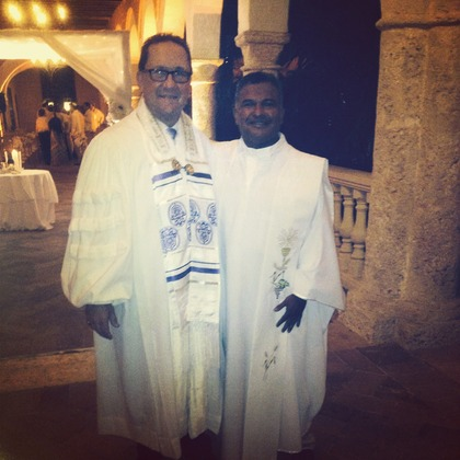 Rabbi Michael Raab & Padre Cortes in Cartagena at the Santa Clara Hotel. - Ceremonies - Jewish and Interfaith Weddings