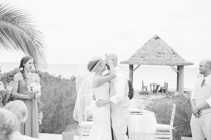 Real weddings Bahamas - Rebecca and Patrick - first kiss. - Ceremonies - Chic Bahamas Weddings