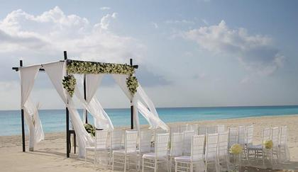 -  - Bella Chic Events & Destination Weddings