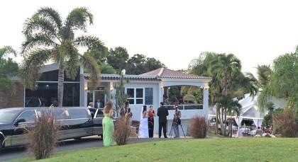 -  - Mansion Hacienda Villa Bonita