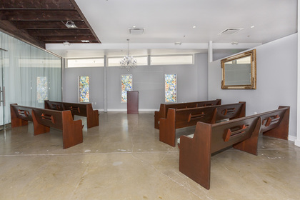 Ace Of Hearts Wedding Chapel - Ceremony Sites, Photographers - 1025 South 1st Street, #120, Las Vegas, Nevada, 89101