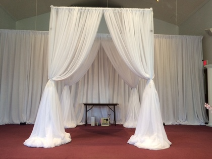 Maryland Chuppah rental - Flowers and Decor - Klassy Kreations