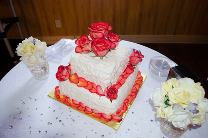 Wedding Cakes prepared right in our own bakery with real butter cream icing and flowers. - Cakes and Desserts - gardens of sunshine hollow
