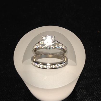 Neil Dahl jewelers. Bride's own design. neildahljewelers.com/ Jewelry - Marcie and Duane's Wedding in Sonoma, CA, USA