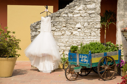 The Wedding Dress - Daniela and Daniel's Wedding in Cartagena, Bolivar, Colombia