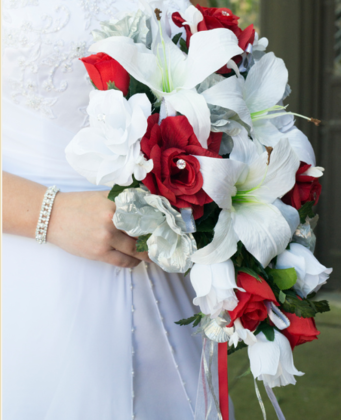 Flowers and Decor - Des Moines Wedding In June in Des Moines, IA, USA