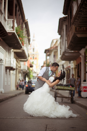 Paseo fotografico  The Wedding Dress - Sonji  and Kenny 's Wedding in Cartagena, Bolivar, Colombia